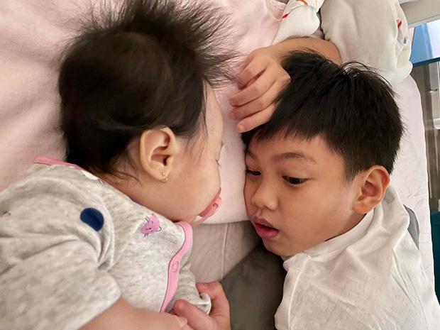 Đàm Thu Trang tiết lộ 1 thói quen của Subeo, không ngờ cậu bé nhỏ tuổi mà sống tình cảm đến thế, bố Cường Đô La thật biết dạy con - Ảnh 1.