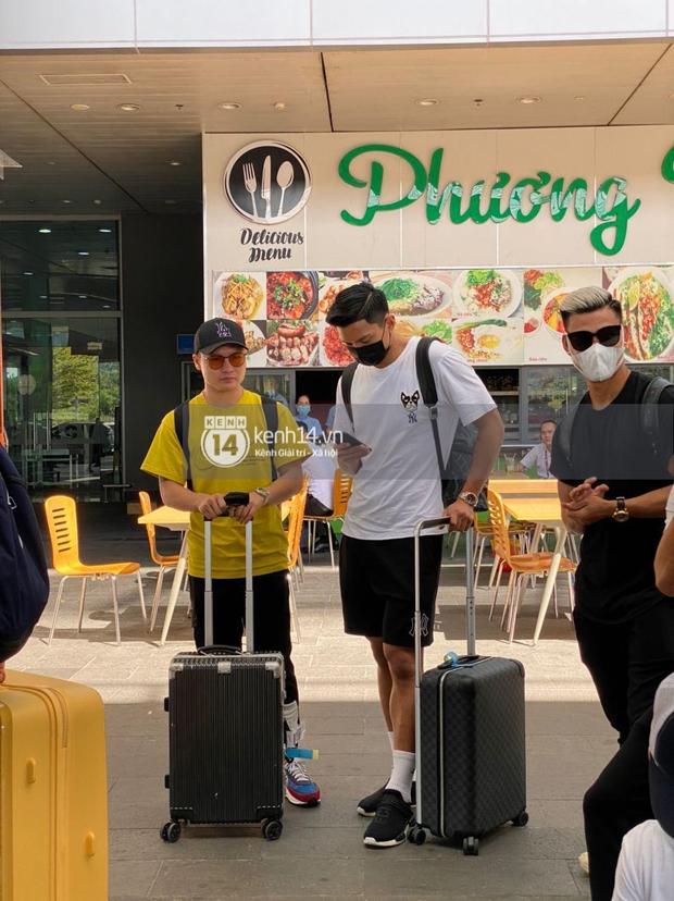 Hot hơn cả thời tiết Phú Quốc là khoảnh khắc bộ 3 sát gái Quang Hải - Văn Hậu - Văn Thanh hội tụ trong một khung hình! - Ảnh 2.
