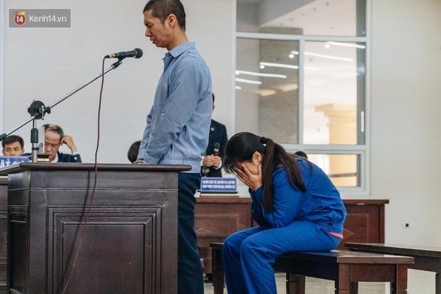 Toàn cảnh phiên tòa nhiều nước mắt vụ án mẹ đẻ và bố dượng bạo hành con gái 3 tuổi đến chết - Ảnh 6.