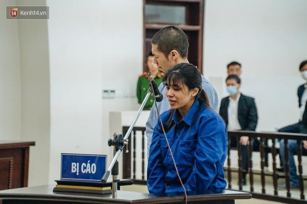 Toàn cảnh phiên tòa nhiều nước mắt vụ án mẹ đẻ và bố dượng bạo hành con gái 3 tuổi đến chết - Ảnh 13.
