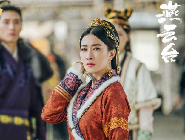 Mới nghe đồn Xa Thi Mạn về lại với TVB, fan đã rớt nước mắt: Chị phải đóng Bằng Chứng Thép 5 đấy nhá! - Ảnh 2.