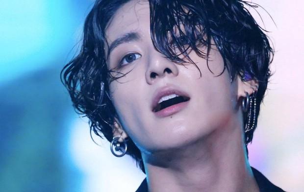 Nam idol Kpop thành Người đàn ông quốc tế quyến rũ nhất đầu tiên trong lịch sử tạp chí People, át cả dàn sao thế giới - Ảnh 3.