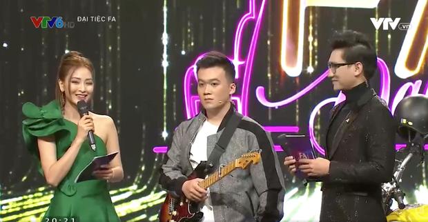Minh Vẹo lên gameshow tìm người yêu, nguyên team Welax hợp sức giúp bạn cua được gái Nga xinh xắn - Ảnh 2.