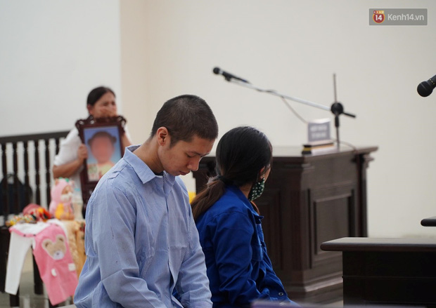 Tuyên án tử hình với bố dượng, tù chung thân với mẹ đẻ vụ bạo hành bé gái 3 tuổi tử vong - Ảnh 8.