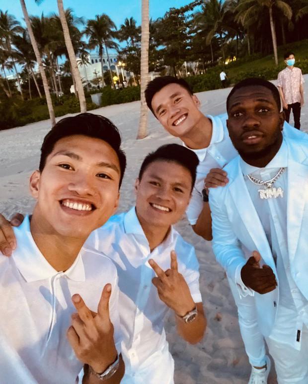 Hội khách mời nam thần xả vai hậu đám cưới Công Phượng, tầm này Instagram của ai người đó đẹp - Ảnh 1.