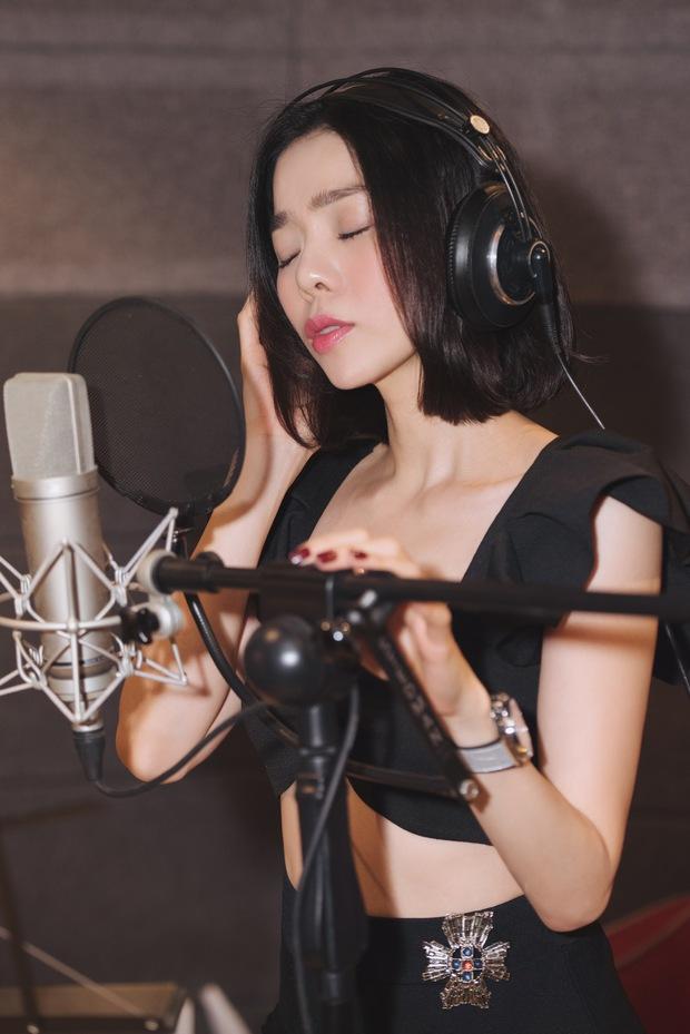 Lệ Quyên thu âm ca khúc mới hậu ly hôn, Vũ Cát Tường tung E.P Một Triệu Năm Ánh Sáng, Phúc Bồ debut ban nhạc sau 5 năm ấp ủ - Ảnh 3.