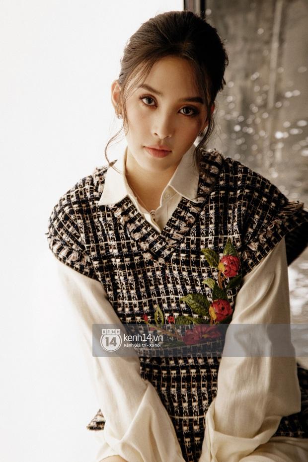 Hoa hậu Tiểu Vy: Tôi vẫn phải đối mặt với những lời phán xét, cũng khóc, cũng buồn, nhưng cuối cùng mình cũng tìm cách bước qua - Ảnh 8.