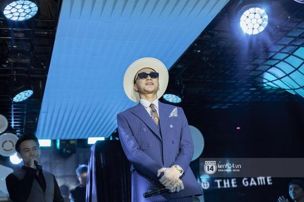 Soobin Hoàng Sơn chính thức đổi nghệ danh, sẵn tiện cũng ờ mây zing gút chóp cà khịa Binz ngay tại buổi họp báo ra mắt E.P The Playah - Ảnh 7.