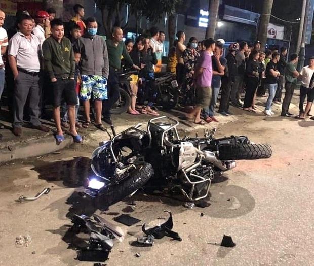Xe phân khối lớn chạy tốc độ kinh hoàng đâm vào xe máy khiến 3 người thương vong - Ảnh 3.