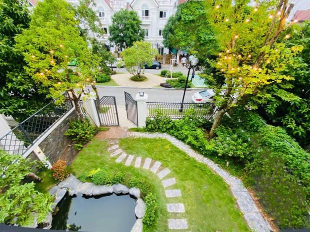 Mãn nhãn không gian biệt thự bạc tỷ của Lã Thanh Huyền: Rộng hàng trăm m2, sang như khách sạn, sân vườn chiếm spotlight - Ảnh 10.