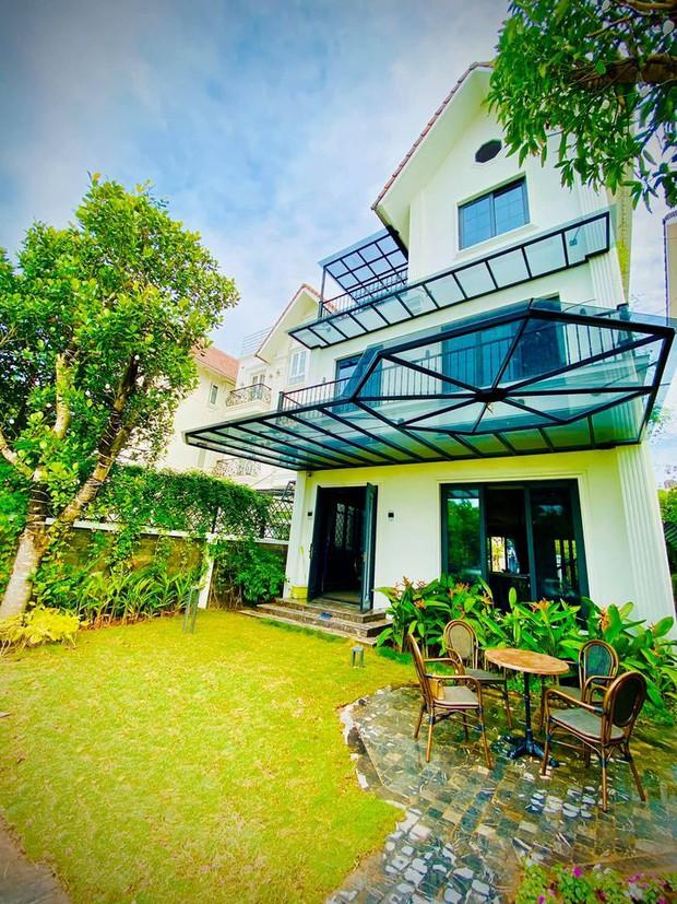 Mãn nhãn không gian biệt thự bạc tỷ của Lã Thanh Huyền: Rộng hàng trăm m2, sang như khách sạn, sân vườn chiếm spotlight - Ảnh 13.
