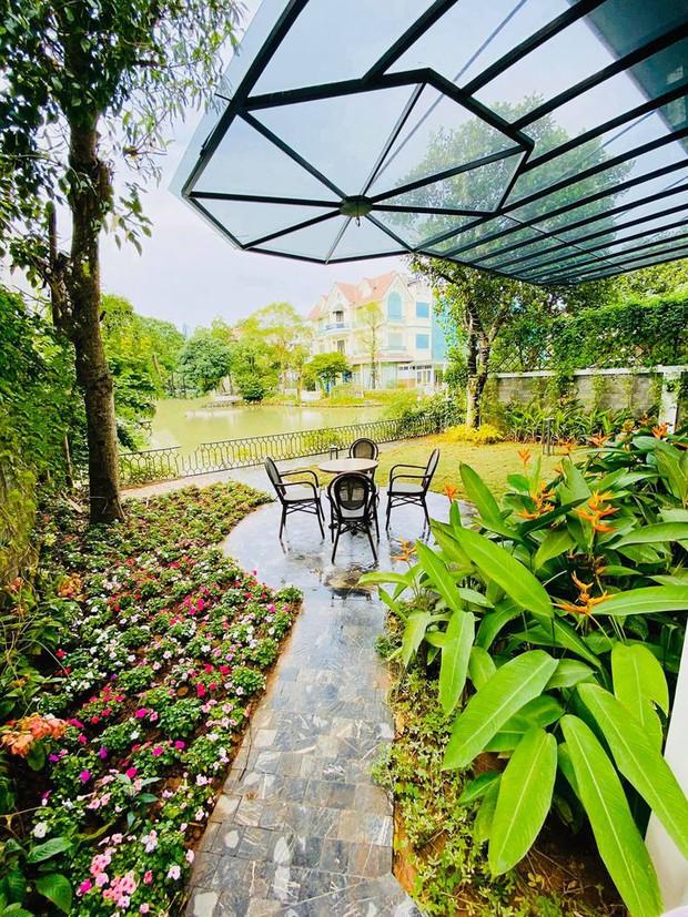 Mãn nhãn không gian biệt thự bạc tỷ của Lã Thanh Huyền: Rộng hàng trăm m2, sang như khách sạn, sân vườn chiếm spotlight - Ảnh 12.