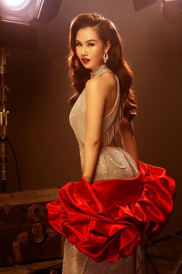 Điểm danh những sao Việt là giáo viên, toàn tên tuổi lớn, gây tranh cãi nhất là một Hoa hậu - Ảnh 8.