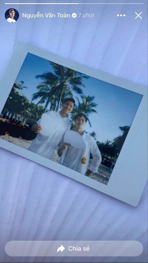 Hậu đám cưới Công Phượng và Viên Minh: Khách mời chill bên bờ biển đẹp như tranh, khoe ảnh long lanh cùng cô dâu chú rể - Ảnh 6.