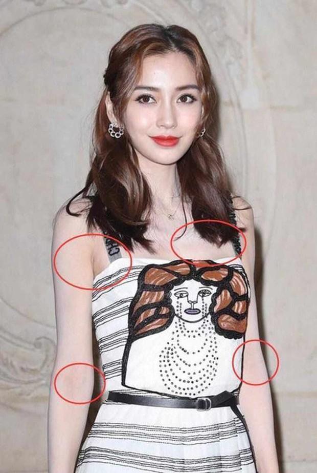 Không riêng Phạm Băng Băng, cả loạt sao nữ Cbiz cũng hóa tượng sáp khi ham hố họa mặt trắng bệch như trát bả - Ảnh 4.
