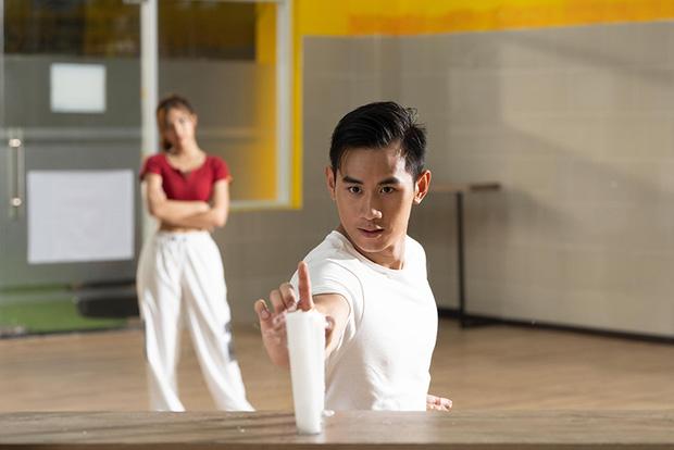 Xem trai đẹp đập nhau túi bụi, giành giật gái xinh ở teaser Võ Sinh Đại Chiến mà cứ nhớ Karate Kid của Thành Long? - Ảnh 2.