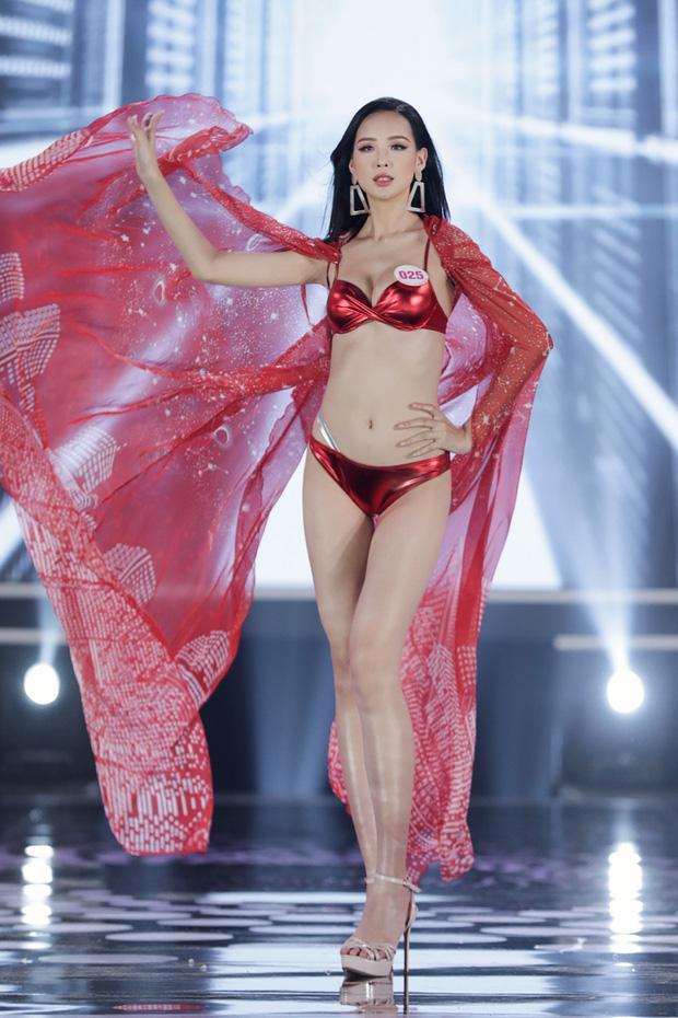 Bỏng mắt ngắm Top 22 Hoa hậu Việt Nam trình diễn bikini: Body đỉnh cao, bạn gái Đoàn Văn Hậu sáng bừng khung hình - Ảnh 3.