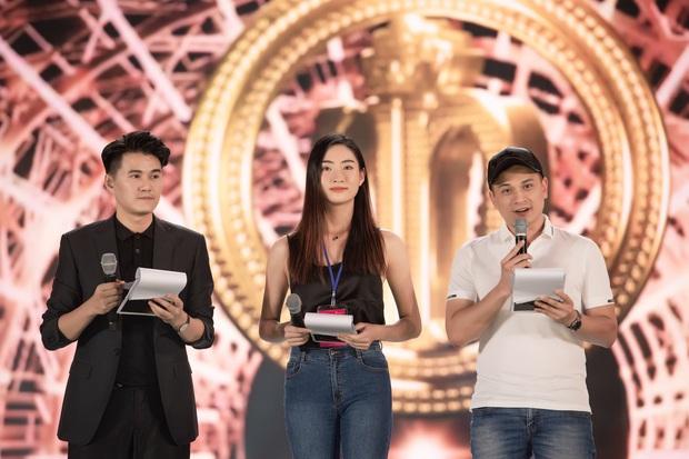Tổng duyệt Chung kết HHVN 2020: Tiểu Vy - Hoàng Thùy Linh đọ sắc bất phân thắng bại, Á hậu Kiều Loan lộ diện sau tin đồn hẹn hò - Ảnh 12.
