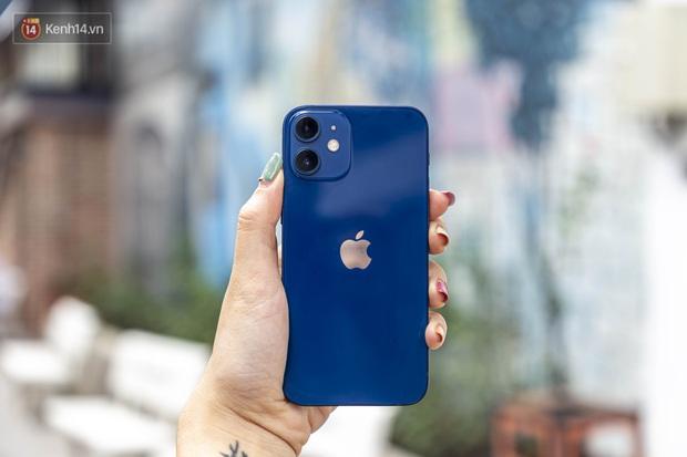 Trải nghiệm iPhone 12 Mini: Nhỏ gọn, lọt thỏm trong lòng bàn tay! - Ảnh 5.