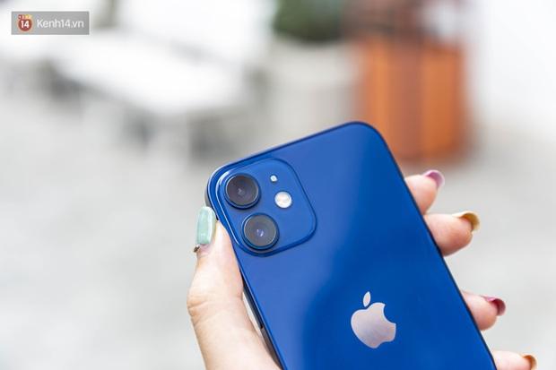 Trải nghiệm iPhone 12 Mini: Nhỏ gọn, lọt thỏm trong lòng bàn tay! - Ảnh 12.