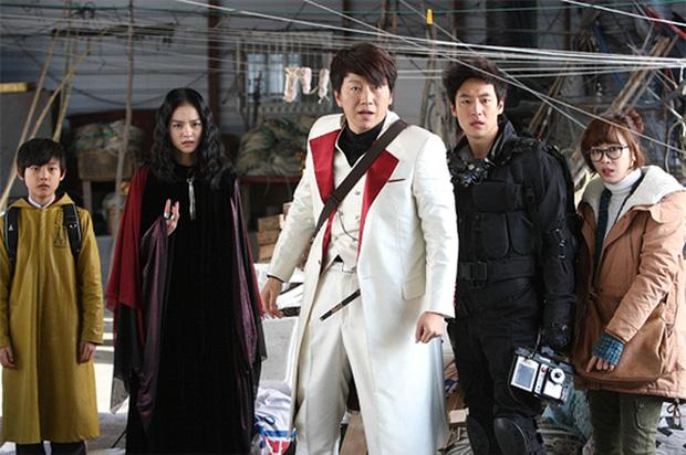 6 giáo viên tấu hài cực mạnh ở phim châu Á: Thầy Park Jin Young chỉ cần thở thôi cũng đủ cười xỉu rồi! - Ảnh 5.