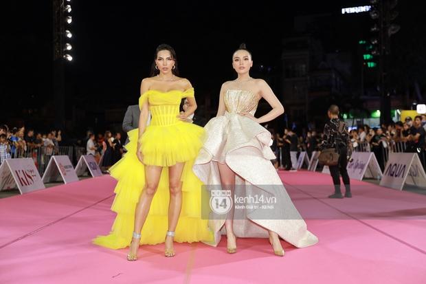 Bạt ngàn váy xấu, makeup dở trên thảm đỏ HHVN 2020, lâu không dự event lớn nên người đẹp Việt quên hết kĩ năng rồi? - Ảnh 1.