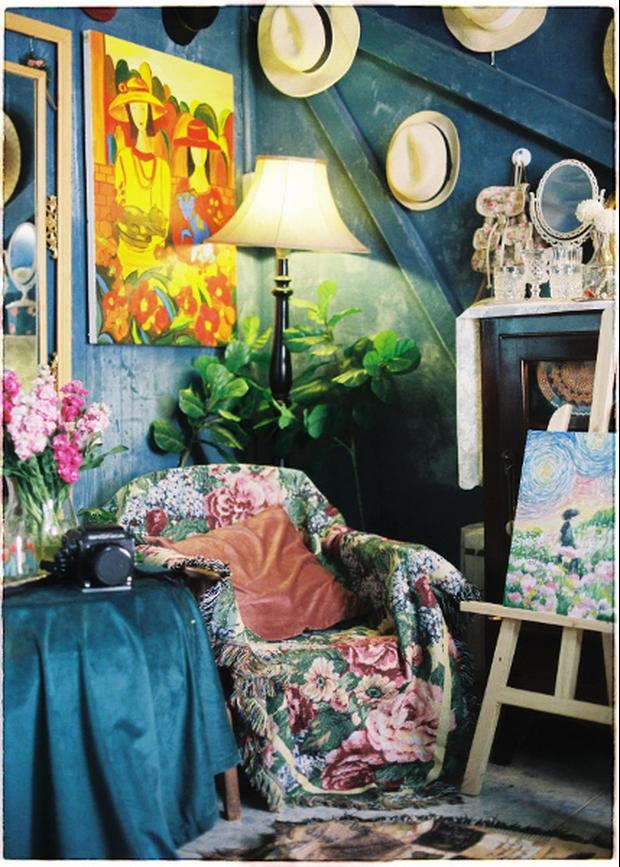 Lạc vào thế giới nghệ thuật với căn phòng DreamRoom của cô gái Đà Lạt: Nhìn thì màu mè nhưng lại chất phết - Ảnh 10.