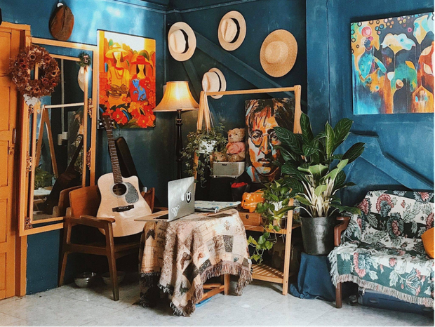 Lạc vào thế giới nghệ thuật với căn phòng DreamRoom của cô gái Đà Lạt: Nhìn thì màu mè nhưng lại chất phết - Ảnh 2.
