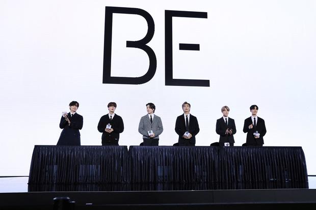 Được hỏi về khả năng tồn tại BTS thứ 2, Jin và Jimin trả lời cực tinh tế nhưng ẩn ý luôn là… không có? - Ảnh 1.