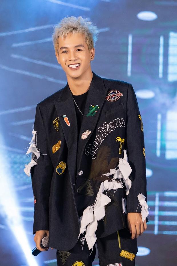 Yuno Bigboi - Ricky Star rủ rê nhau đổ bộ, cùng Xesi và loạt rapper sẵn sàng đốt cháy sân khấu tại Hà Nội - Ảnh 10.