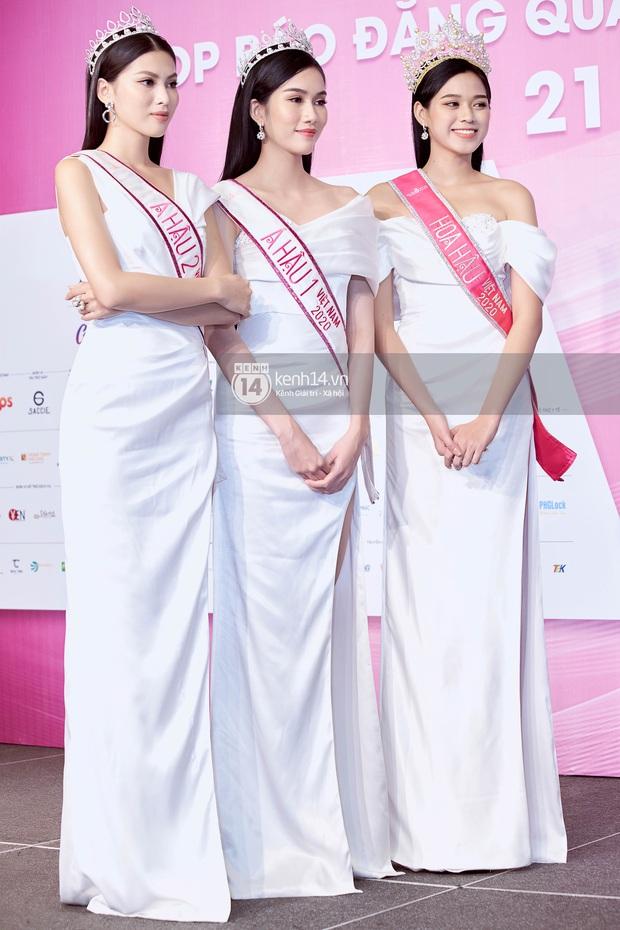 Bộ ảnh đọ sắc nét căng đầu tiên của Top 3 Hoa hậu Việt Nam 2020: Tân Hoa hậu Đỗ Thị Hà bất ngờ bị Á hậu 2 Ngọc Thảo giật spotlight! - Ảnh 3.