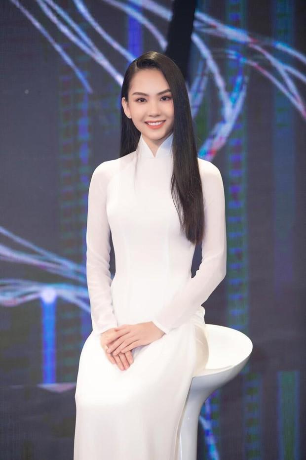Thí sinh có phần ứng xử xuất sắc nhất Hoa hậu Việt Nam không lọt Top, nguyên nhân là do lời nguyền truyền kiếp? - Ảnh 2.