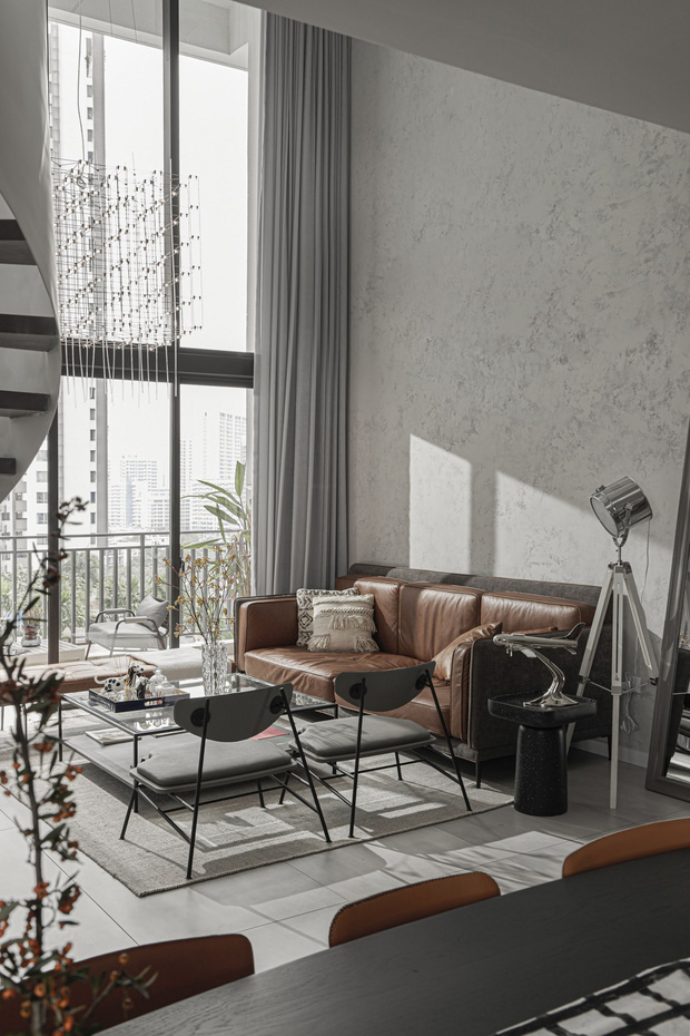 Thăm căn hộ duplex sang xịn mịn ở Quận 7 của nhà thiết kế nội thất với hơn 10 năm kinh nghiệm - Ảnh 3.
