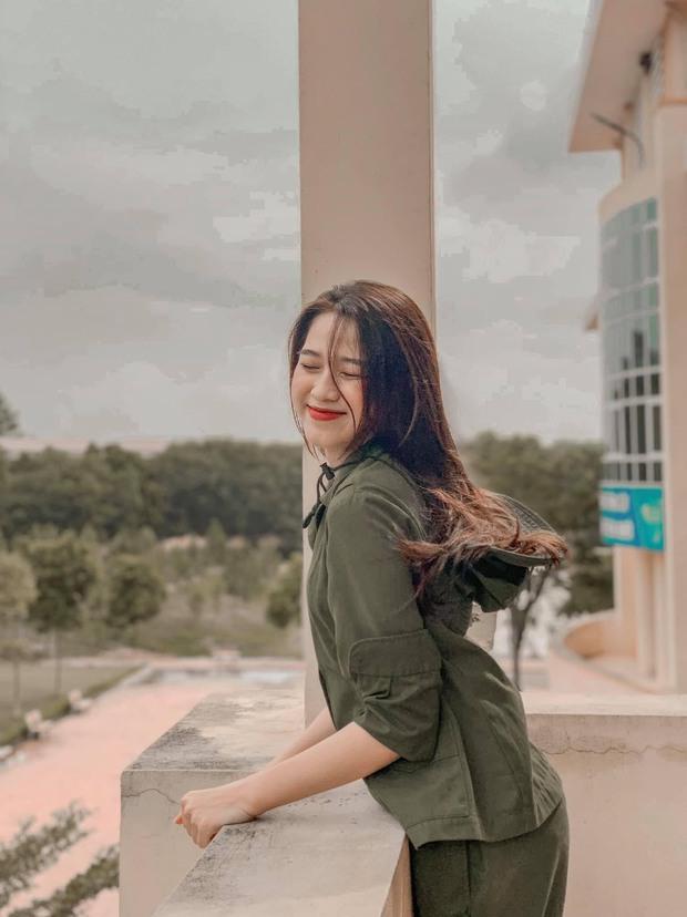 Hành trình nhan sắc thay đổi chóng mặt của Hoa hậu Đỗ Thị Hà từ cấp 1 cho đến lúc lên Đại học - Ảnh 7.