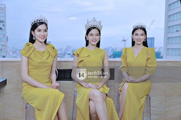 Livestream giao lưu độc quyền với Top 3 Hoa hậu Việt Nam 2020: Đỗ Thị Hà cực xinh, 2 Á hậu sẵn sàng chia sẻ tất tần tật cùng fan! - Ảnh 3.