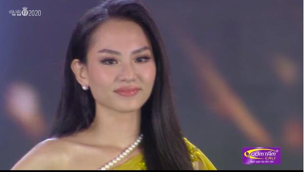 Soi Show bà tám sôi nổi về màn ứng xử của top 5 Hoa hậu Việt Nam: Cô nào cũng nước đôi thế này thì... thua rồi! - Ảnh 3.