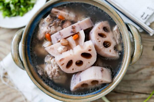 5 thực phẩm màu trắng trực tiếp bơm collagen cho cơ thể phụ nữ, vừa giúp làm mờ nếp nhăn lại còn tốt cho xương khớp - Ảnh 2.