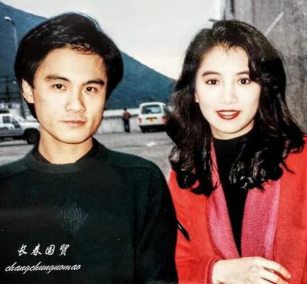 Fan nam số đỏ nhất Cbiz: Chụp cùng cả quân đoàn mỹ nhân đình đám Hong Kong, tiết lộ nhan sắc kinh diễm của dàn sao ngày ấy - Ảnh 2.