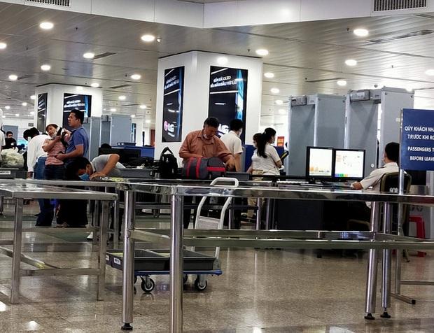 Cô gái trẻ dùng giấy tờ giả đi máy bay chặng Đà Nẵng – TP.HCM