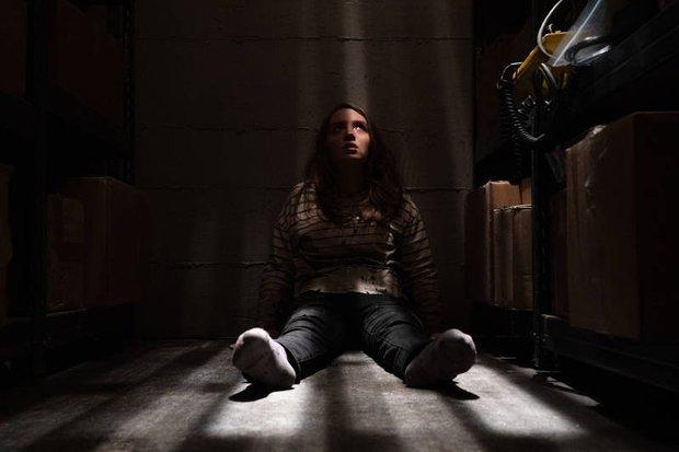 Trốn Chạy: Tình mẫu tử gây sợ hú hồn mà chả cần máu me, nữ hoàng kinh dị vẫn đỉnh như thường - Ảnh 8.