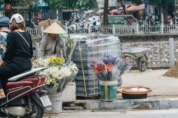 Nhiều tuyến phố Hà Nội lát đá thương hiệu 70 năm đã hư hỏng nghiêm trọng: KTS chỉ ra 4 nguyên nhân chính - Ảnh 7.