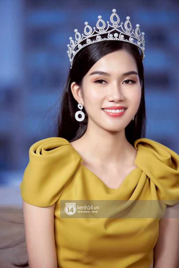 Livestream giao lưu với Top 3 Hoa hậu Việt Nam 2020: Đỗ Hà tiết lộ chuyện tình cảm, Á hậu 1 trổ tài bắn tiếng Anh cực đỉnh! - Ảnh 9.
