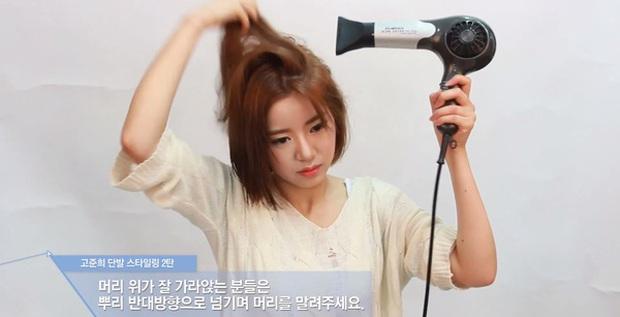 Nàng tóc thưa mỏng dính có đến 7 cách khiến tóc dày mượt và bồng bềnh hơn thấy rõ, không biết thì thiệt thân - Ảnh 2.
