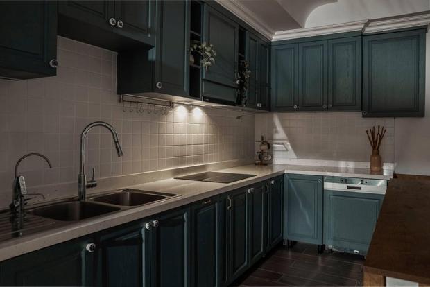 Đập thông hai căn chung cư, cặp vợ chồng có được ngôi nhà cực ưng ý, soi từng chi tiết lại càng ấn tượng - Ảnh 10.