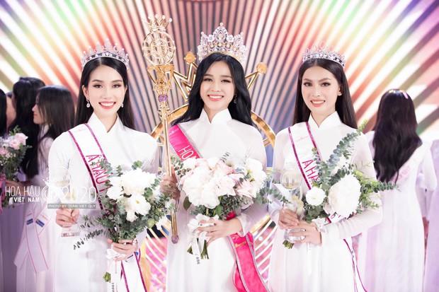 Liên tục bị soi quá khứ hậu đăng quang, tân Hoa hậu Đỗ Thị Hà có động thái rõ ràng trên MXH - Ảnh 2.