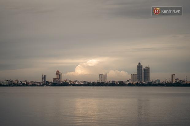 Hồ ở Hà Nội: Không chỉ là cảnh quan, đó còn là đời sống vật chất và tinh thần không thể thiếu của người dân Hà thành - Ảnh 6.