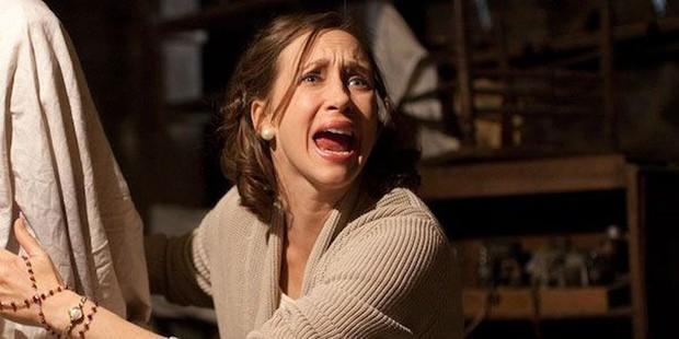 5 pha nhập vai thần hồn điên đảo ở phim kinh dị: Bà đồng The Conjuring chưa là gì so với nữ hoàng ghê rợn hành con gái ra bã! - Ảnh 6.