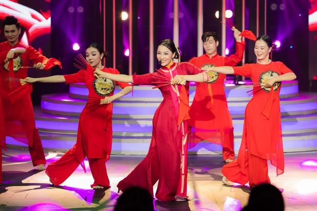 Lynk Lee hóa Quang Linh, Cara vào vai Cẩm Ly ở tập mở màn Gương Mặt Thân Quen - Ảnh 2.