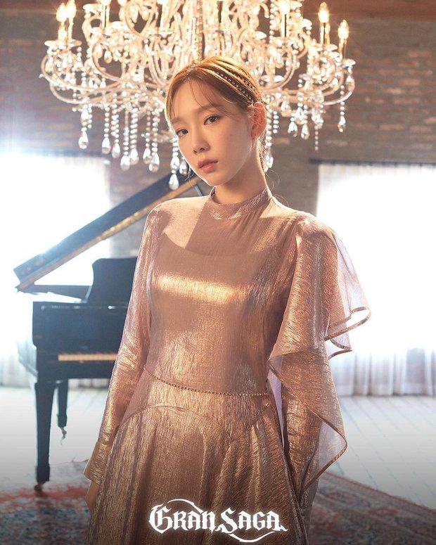 Bất ngờ BXH 30 idol hot nhất Kpop : Jimin và center quốc dân so kè, BLACKPINK tuột dốc, nữ idol át Taeyeon (SNSD) trong top 10 là ai? - Ảnh 11.