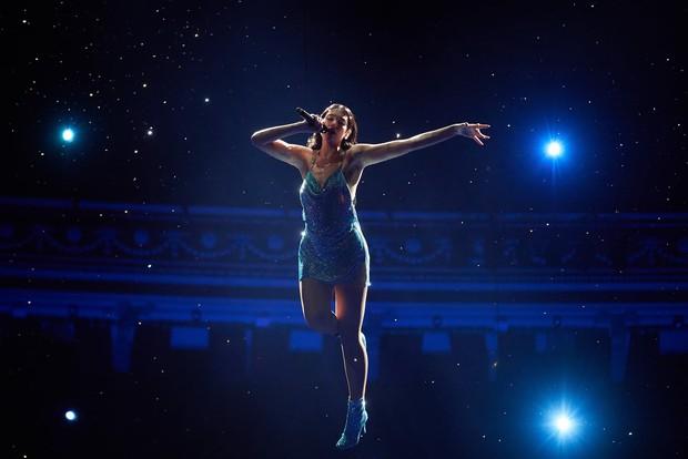 Kết quả lễ trao giải AMAs 2020: BTS thắng giải quá quen, Taylor Swift đạt giải lớn nhưng vẫn thụt lùi, Ariana Grande lại trắng tay - Ảnh 13.